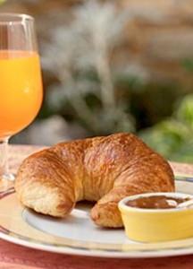 Shenandoah Valley B&B Gourmet Breakfast - Croissant
