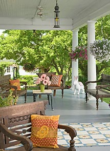 Porch of a Virginia Conference Center for Business meetings