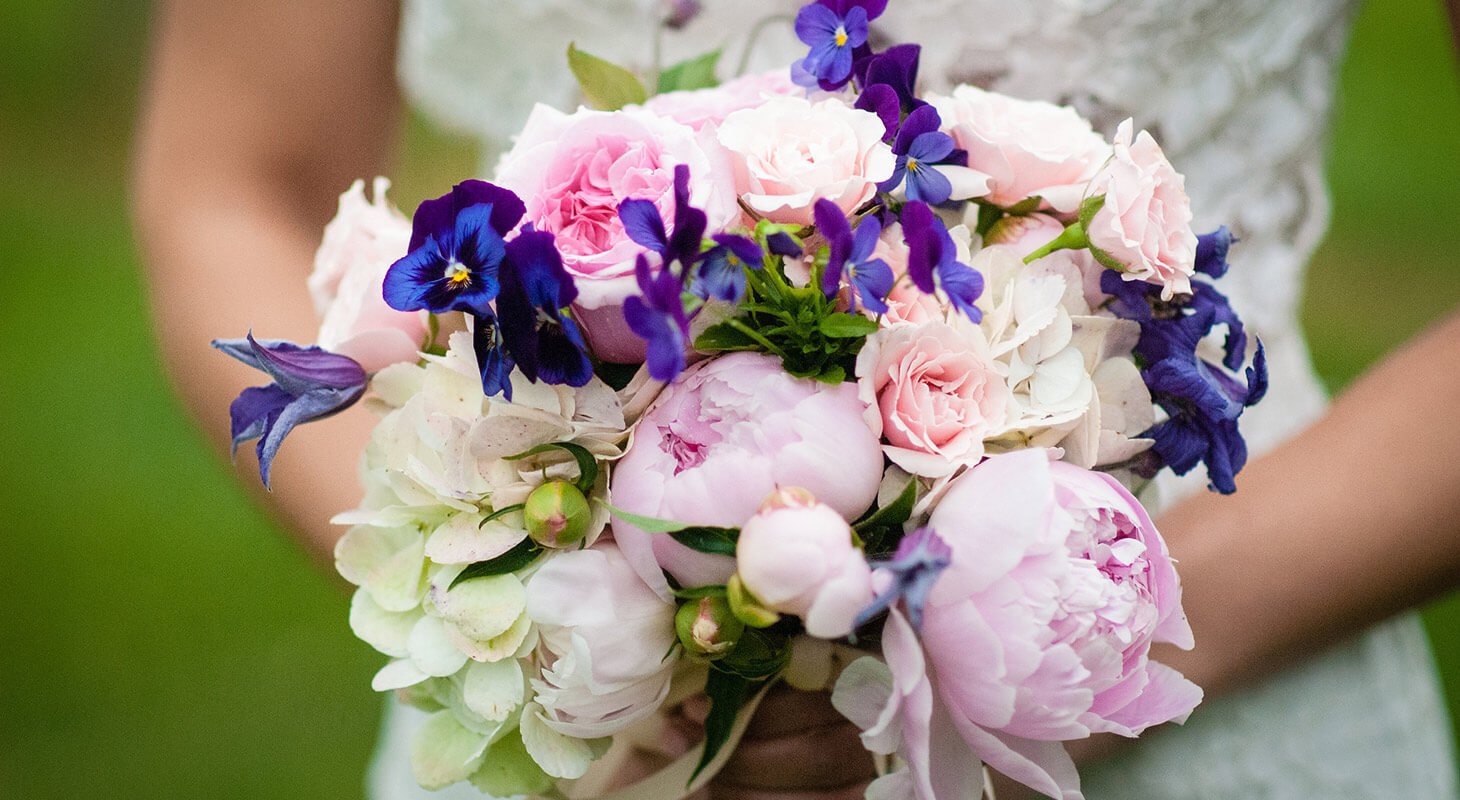 Flowers at a romantic Northern Virginia wedding