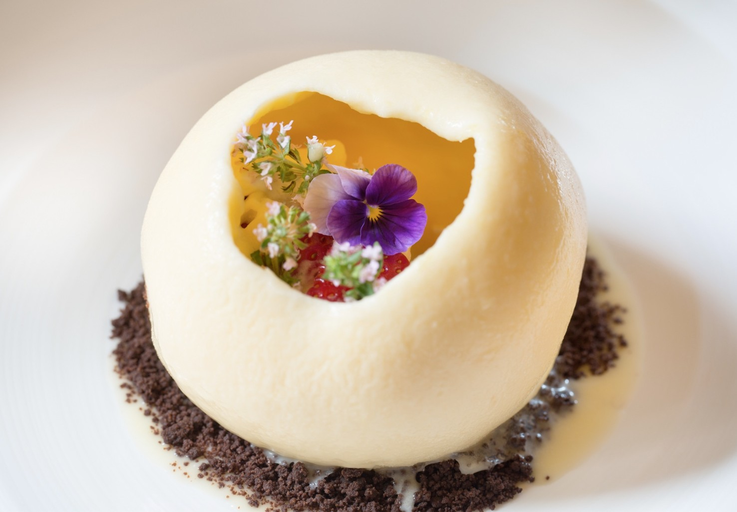 Beautiful gourmet dessert with spring flowers
