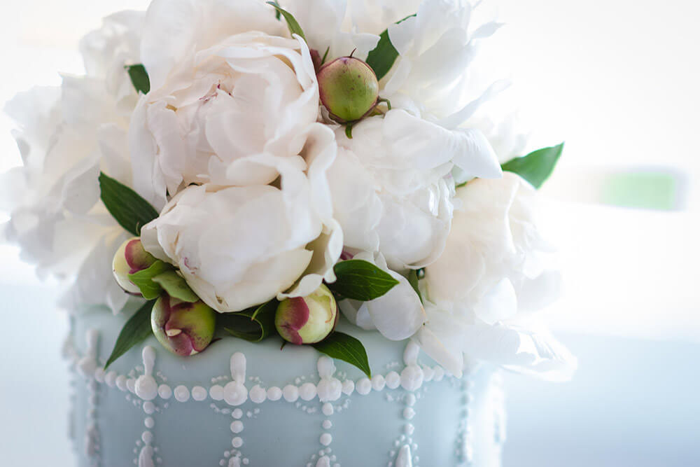 Beautiful cake with flowers