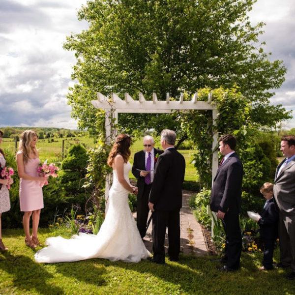 Outdoor wedding at Virginia Wedding Venue