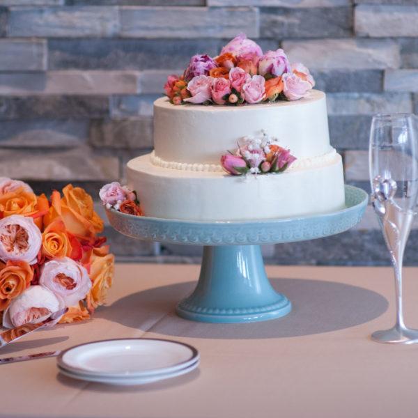 Gorgeous wedding cake at Shenandoah Valley wedding venue