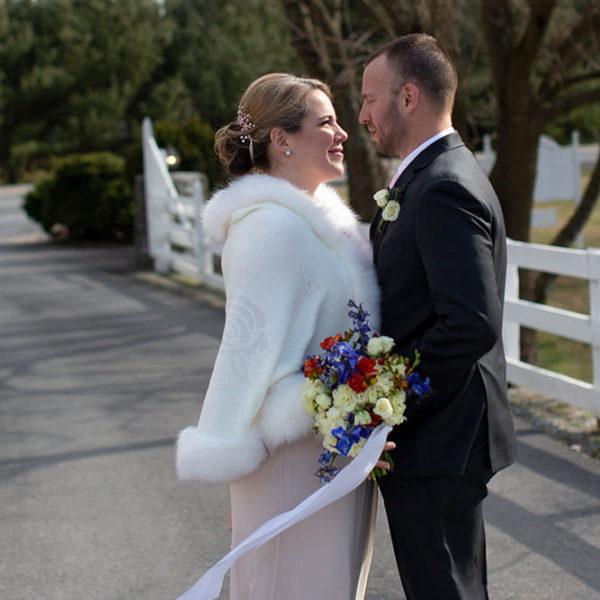 Wedding couple on the drive