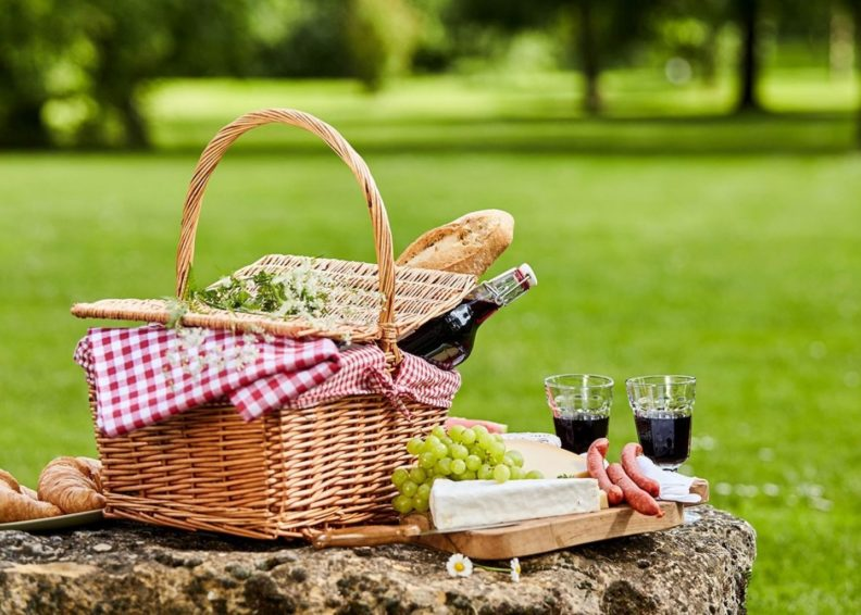 picnic-to-go date night