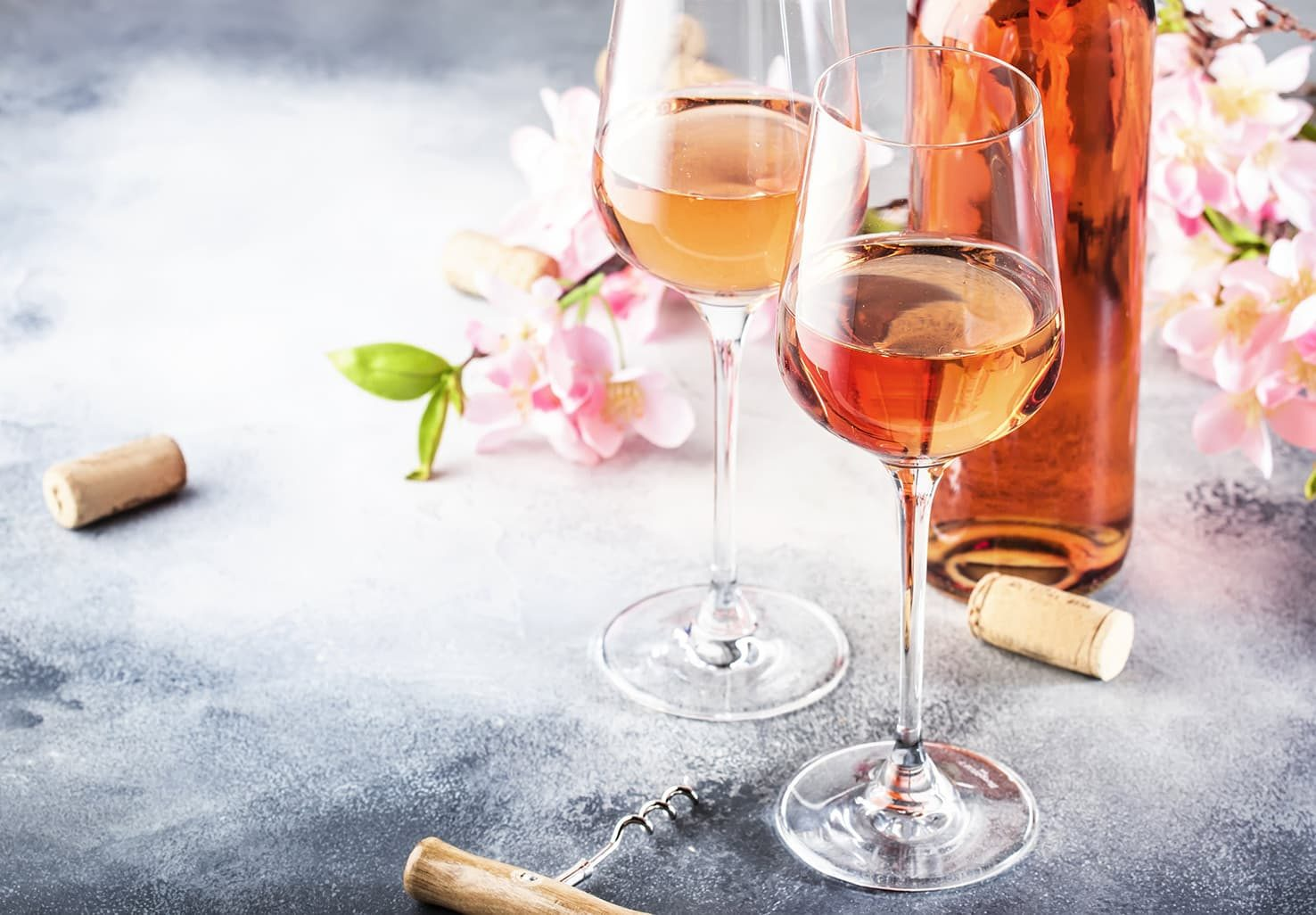 Rose Wine and flowers