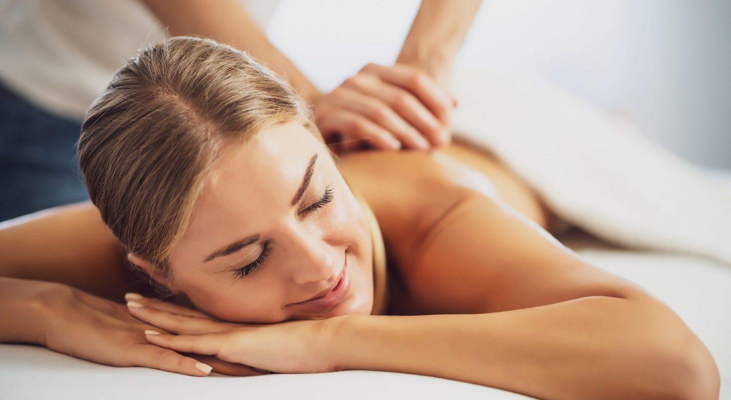 massage at a Virginia wellness getaway in Shenandoah Valley